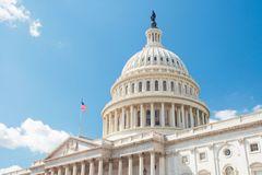 Senate Votes to Extend Borrowing, Dodges US Debt Disaster