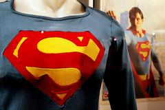 Dean Cain blasts DC Comics after Superman's son revealed as bisexual: 'They're bandwagoning'