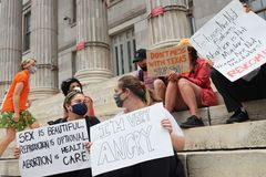Texas heartbeat abortion ban remains in effect amid litigation, federal appeals court rules